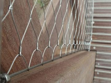 China Ferrule And Knotted Rope Wire Stainless Steel Balustrade Mesh For Security Garden Fence Netting supplier