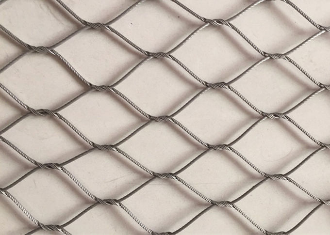 Stainless Steel Diamond Woven Wire Mesh Panels Good Fire Prevention Properties